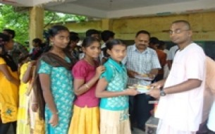 Akshaya Patra Distributes Study Materials to Over 1150 Students